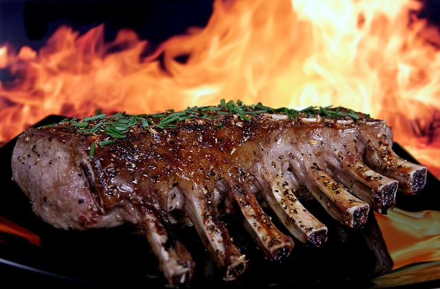 Stai affettando la tua bistecca in modo sbagliato?